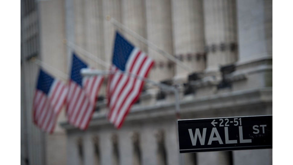 Asume Joe Biden y Wall Street lo recibe con optimismo